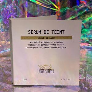NEW trial BIOLOGIQUE RECHERCHE SERUM DE TEINT NO.4